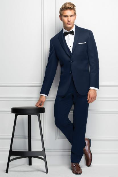 Outdoor Wedding Tuxedos & Suits | Jim\'s Formal Wear