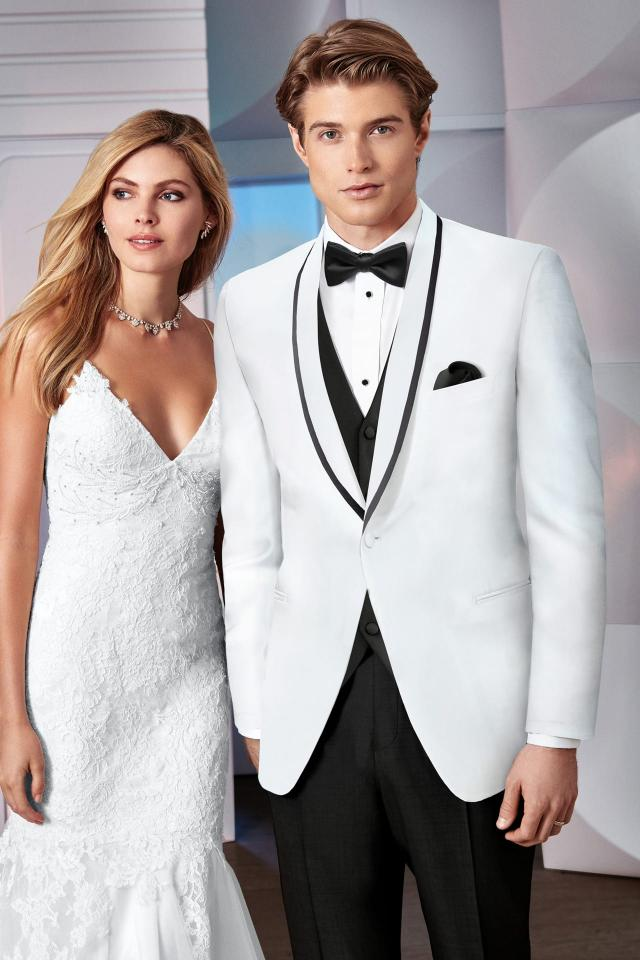 Ike Behar Ultra Slim Waverly Ultra Slim Fit Tuxedo